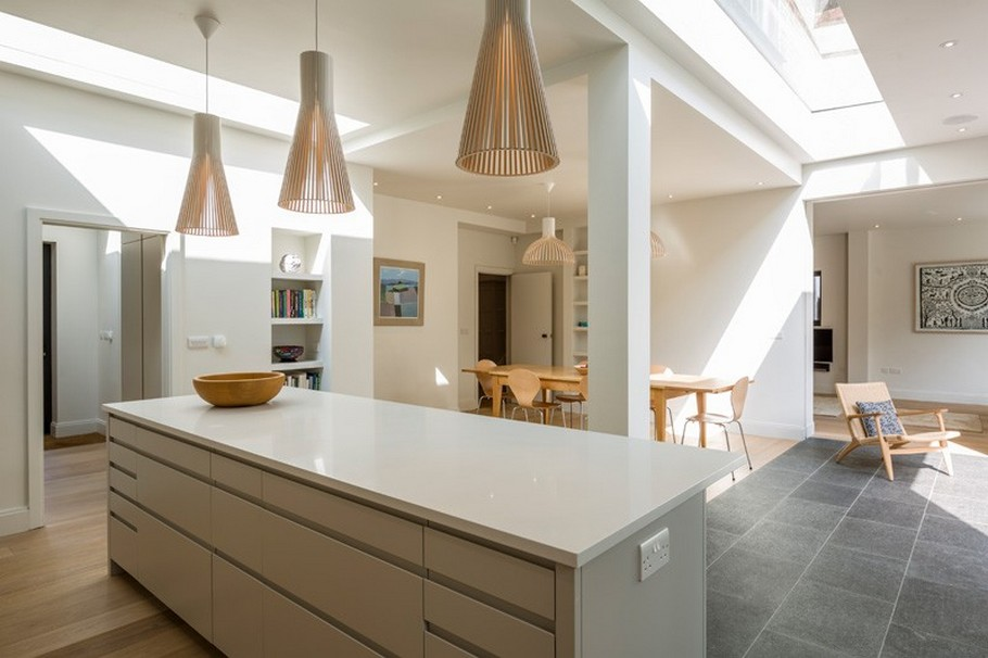 A Contemporary Extension To A 1930's London Property 13