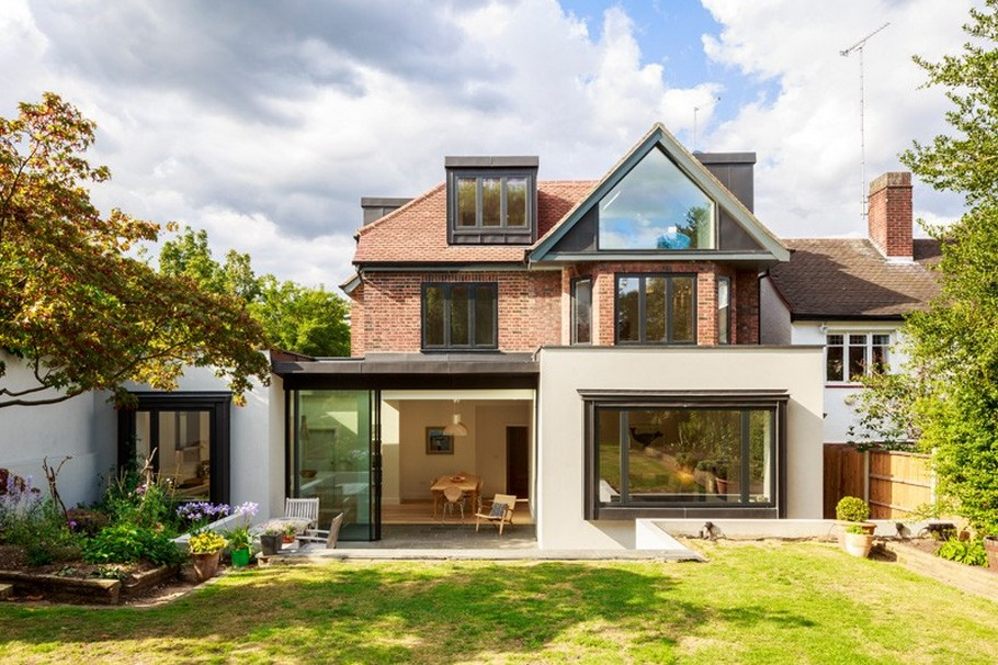 A Contemporary Extension To A 1930's London Property 2
