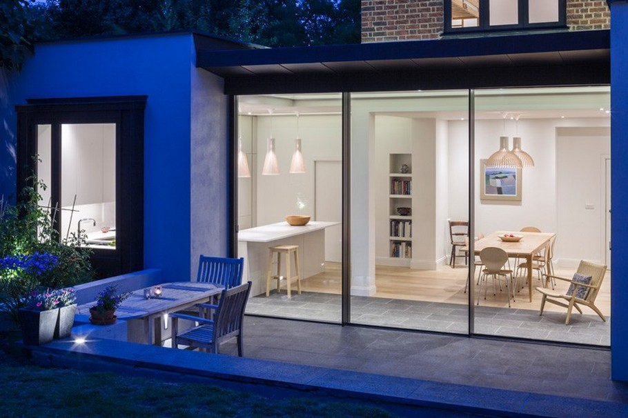 A Contemporary Extension To A 1930's London Property 4