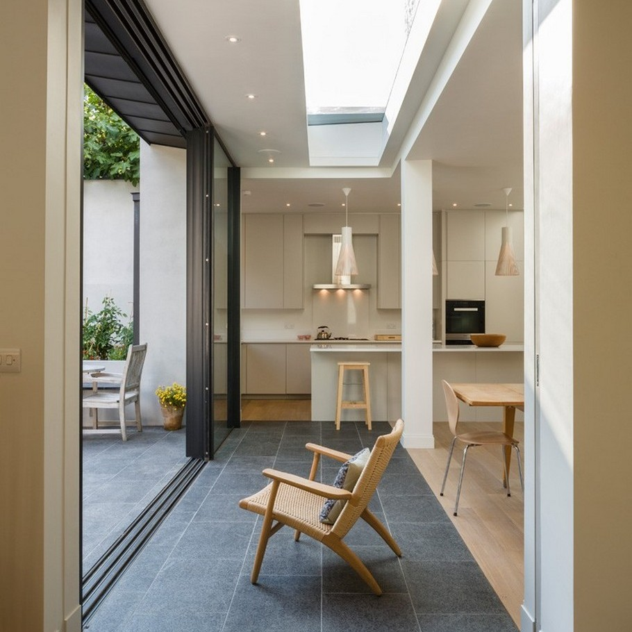 A Contemporary Extension To A 1930's London Property 9