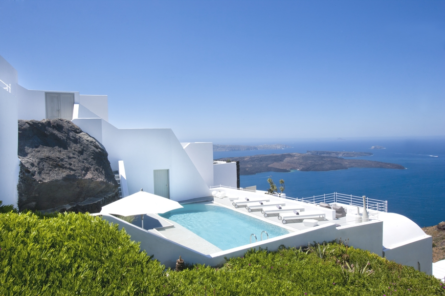 luxury-hotel-santorini-greece-adelto_02