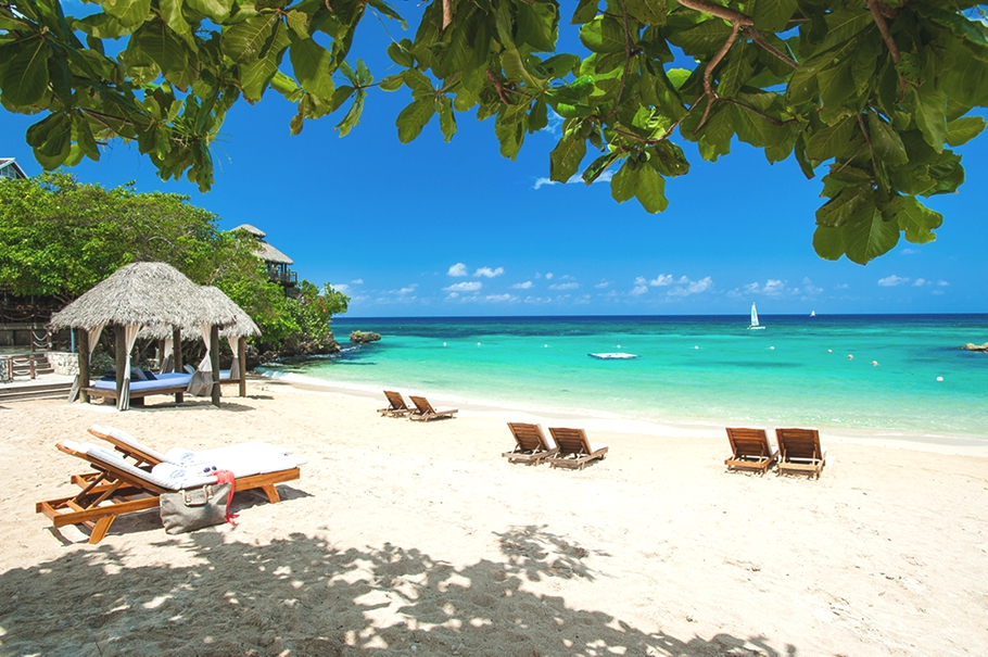 luxury-resort-hotel-sandals-jamaica-adelto_00