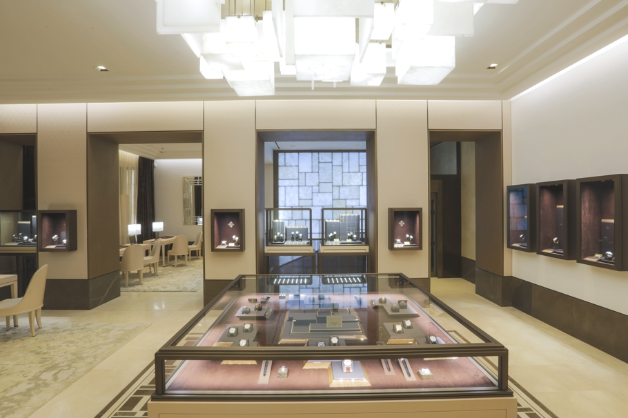 luxury-store-design-london-adelto_0012