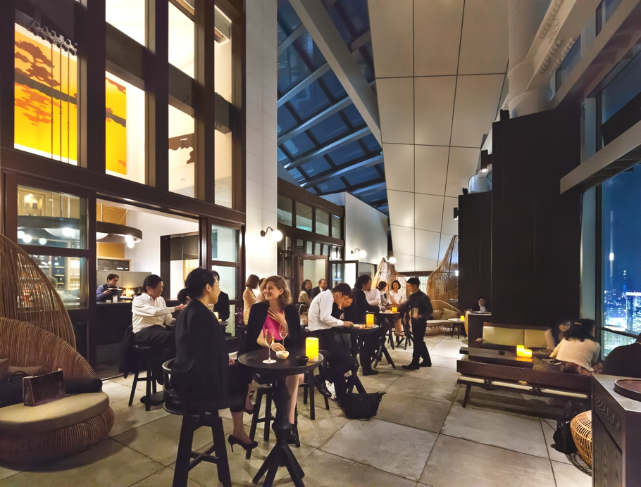 tokyo-rooftop-bar-andaz-adelto_00