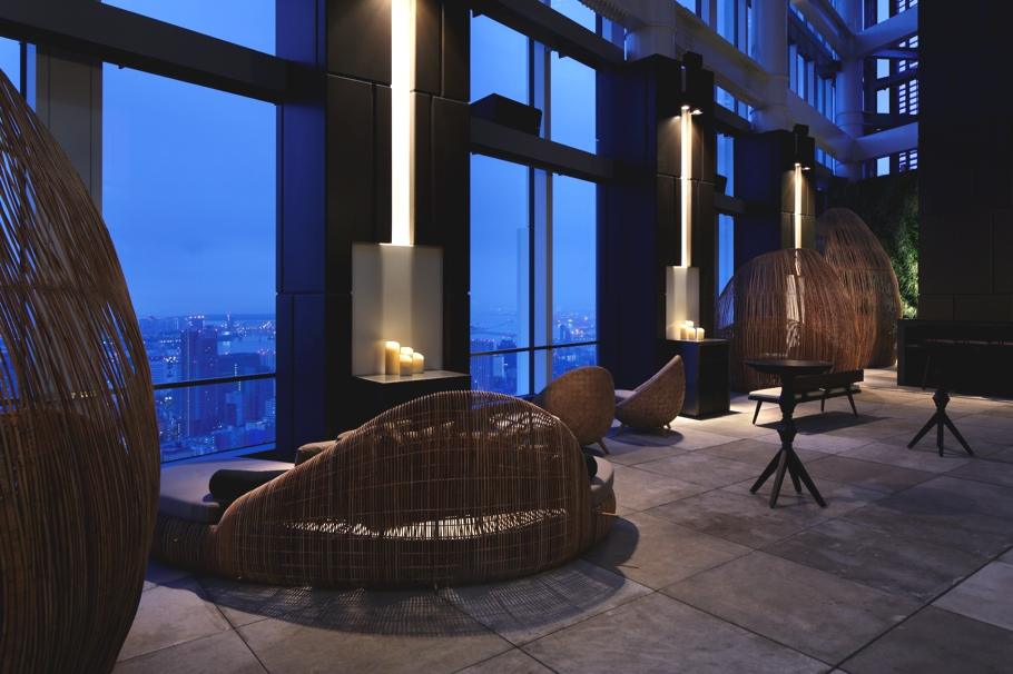 tokyo-rooftop-bar-andaz-adelto_07