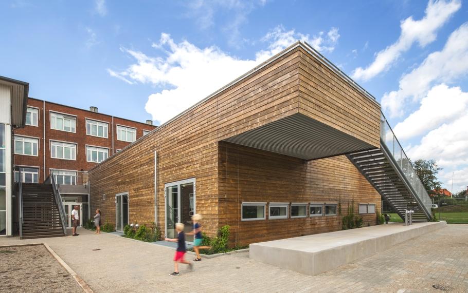 contemporary-architecture-gentofte-denmark-adelto_01