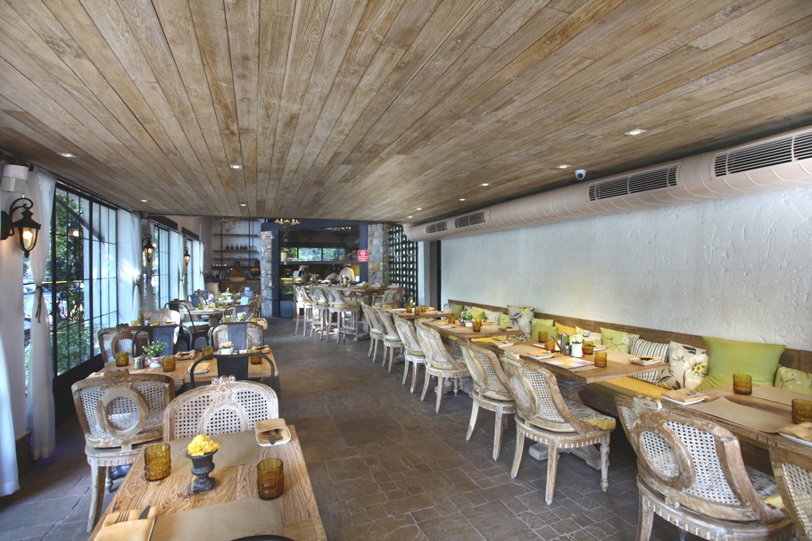contemporary-restaurant-design-new-delhi-india-adelto_00