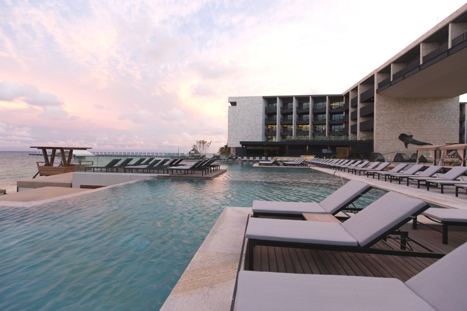 luxury-beach-resort-riviera-maya-mexico-adelto_11